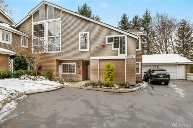 16019 67th Lane NE 1-1, Kenmore, WA 98028 (#1410605) :: Homes on the Sound