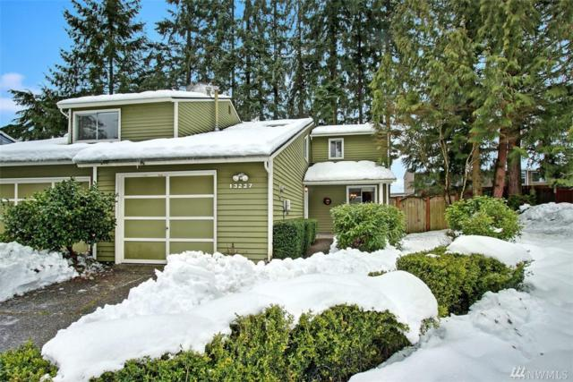 13227 NE 139th Place, Kirkland, WA 98034 (#1410813) :: Homes on the Sound