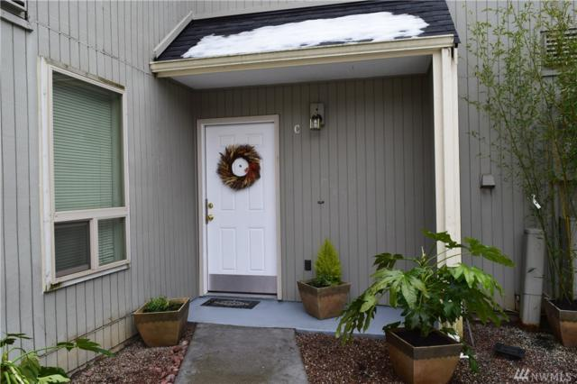 8408 25th Ave SW C, Seattle, WA 98106 (#1411110) :: TRI STAR Team | RE/MAX NW