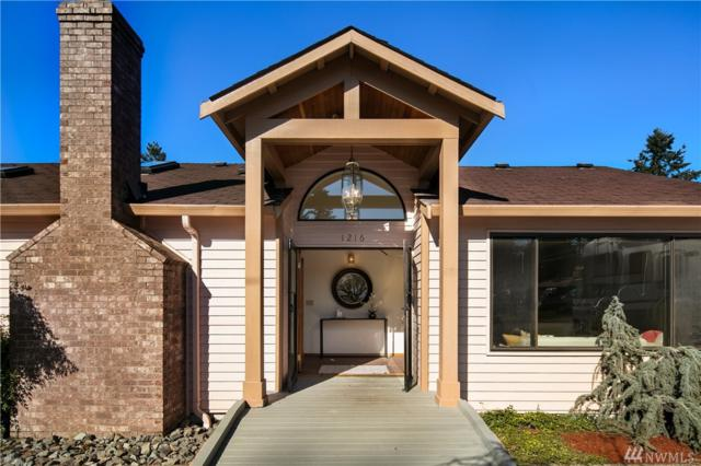 1216 S 201st St, SeaTac, WA 98198 (#1411219) :: The Kendra Todd Group at Keller Williams