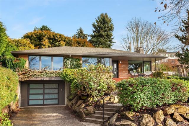 2102 31st Ave W, Seattle, WA 98199 (#1411941) :: Sarah Robbins and Associates