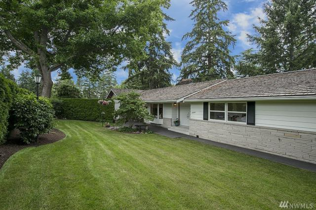 9644 NE 34th St, Clyde Hill, WA 98004 (#1412152) :: NW Home Experts