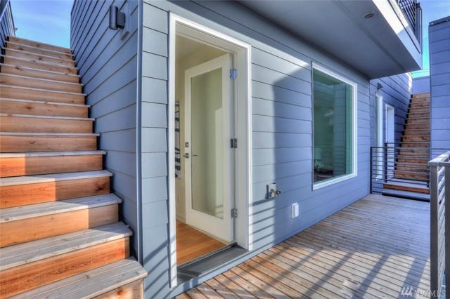 1416-E N 46th St, Seattle, WA 98103 (#1412204) :: Homes on the Sound