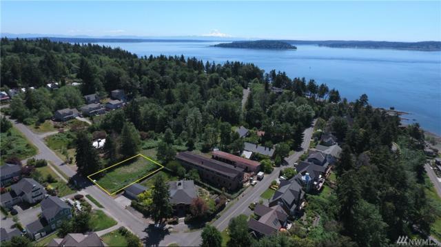 3 NE Evergreen Ave, Bainbridge Island, WA 98110 (#1414170) :: Better Homes and Gardens Real Estate McKenzie Group