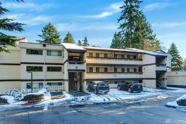 13741 15th Ave NE C-10, Seattle, WA 98125 (#1414354) :: Real Estate Solutions Group