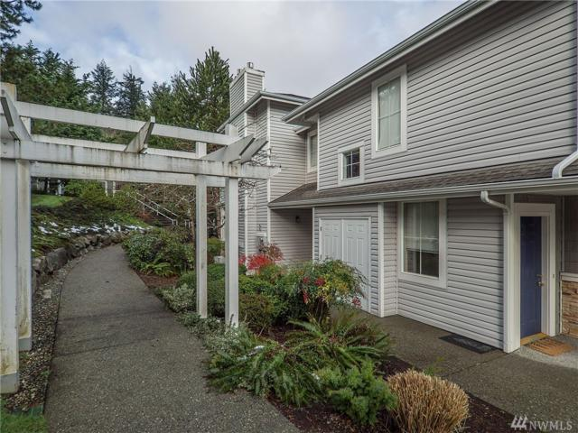 23722 SE Summerhill Lane 2-1, Issaquah, WA 98029 (#1414962) :: Ben Kinney Real Estate Team