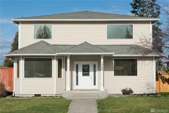 1329 W 10th St, Port Angeles, WA 98363 (#1415016) :: Real Estate Solutions Group
