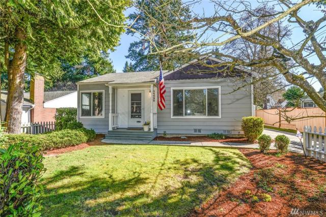 14030 Ashworth Ave N, Seattle, WA 98133 (#1416644) :: Chris Cross Real Estate Group