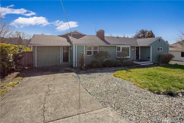 1812 Harris St, Kelso, WA 98626 (#1420185) :: Ben Kinney Real Estate Team