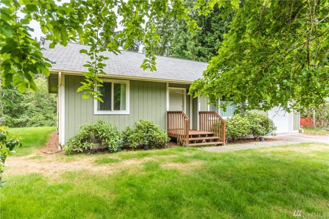 8121 Lopez Dr, Clinton, WA 98236 (#1420978) :: Keller Williams Everett