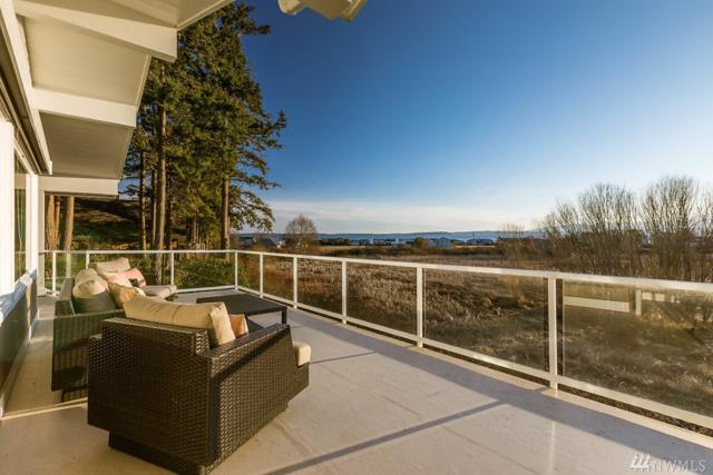 5522 Beach Bluff Dr, Freeland, WA 98249 (#1421110) :: Commencement Bay Brokers