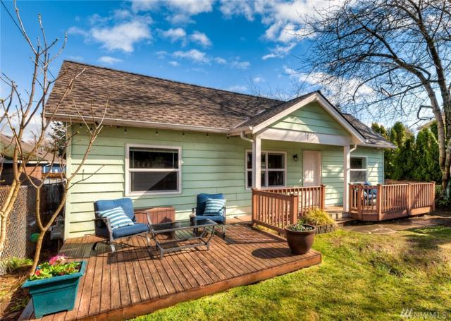 3232 Walnut Ave SW, Seattle, WA 98116 (#1421254) :: Real Estate Solutions Group