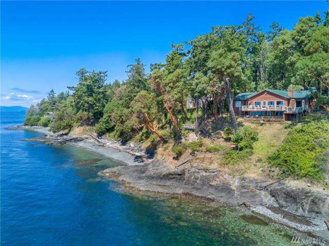 213 Smugglers Cove Road, Friday Harbor, WA 98250 (#1421473) :: Ben Kinney Real Estate Team