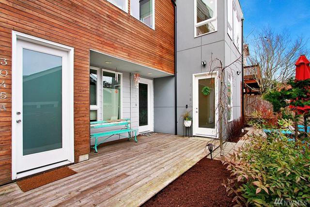 3045 21st Ave W C, Seattle, WA 98199 (#1421631) :: Real Estate Solutions Group