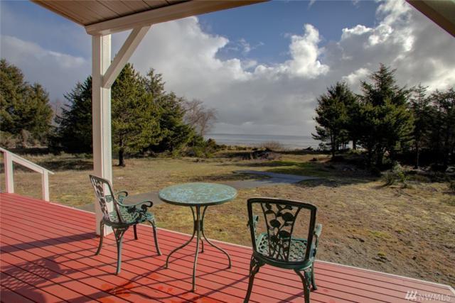 216 Sunrise Ave SE, Ocean Shores, WA 98569 (#1423969) :: Kimberly Gartland Group