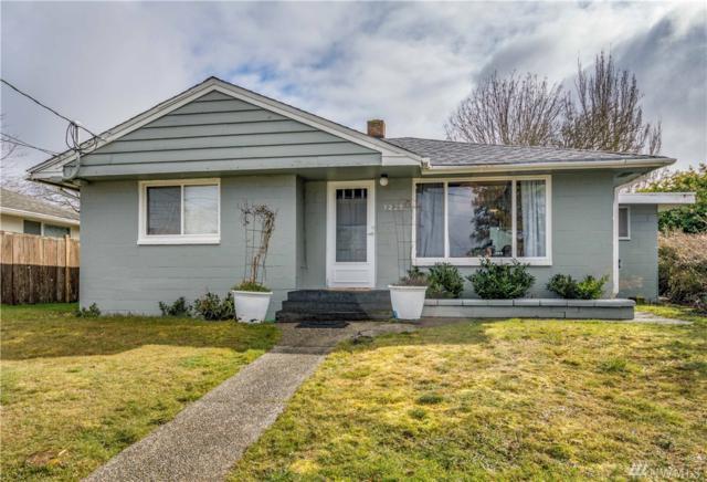 7229 E E St, Tacoma, WA 98404 (#1424227) :: Real Estate Solutions Group