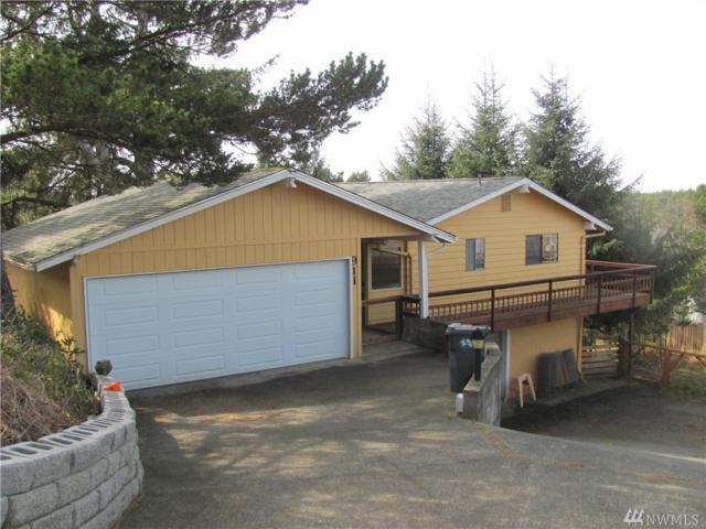 911 Jetty View Dr, Westport, WA 98595 (#1424301) :: Crutcher Dennis - My Puget Sound Homes