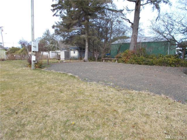 1647 2nd Ave, Grayland, WA 98547 (#1424692) :: KW North Seattle