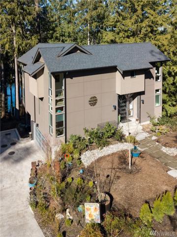 11507 Blue Heron Lane NE, Bainbridge Island, WA 98110 (#1425440) :: Priority One Realty Inc.