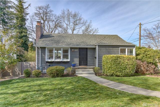 6857 48th Ave NE, Seattle, WA 98115 (#1425546) :: Keller Williams Everett