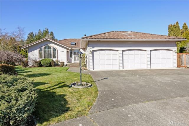 1802 12th St SW, Puyallup, WA 98371 (#1425647) :: Priority One Realty Inc.