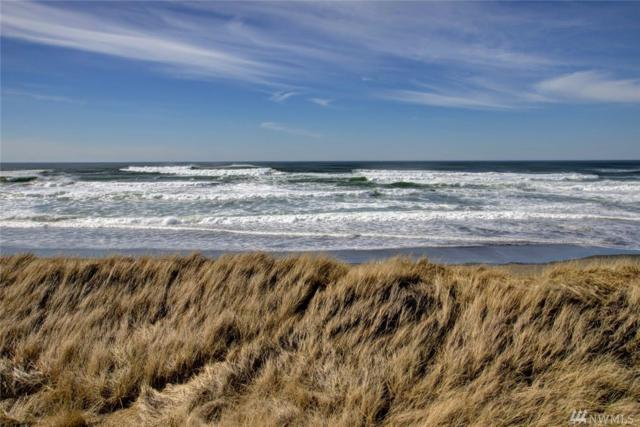 1377 Ocean Shores Blvd SW #301, Ocean Shores, WA 98569 (#1425899) :: Canterwood Real Estate Team