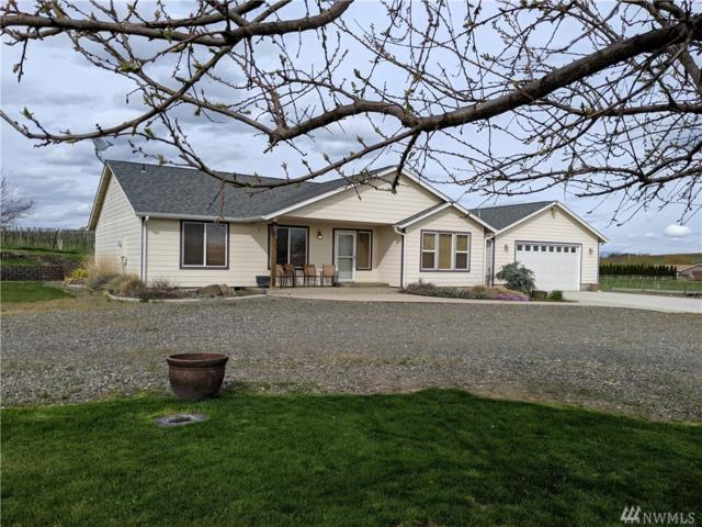 431 Division Rd, Zillah, WA 98953 (#1426467) :: Center Point Realty LLC