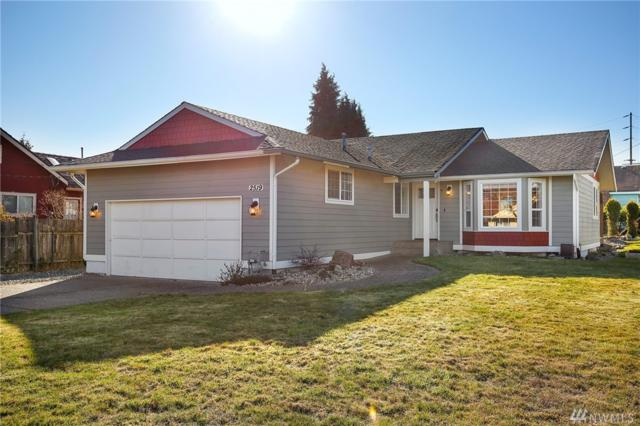 2519 W 2nd St, Anacortes, WA 98221 (#1426477) :: Hauer Home Team