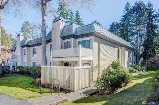 10315 NE 16th St J4, Bellevue, WA 98004 (#1426789) :: Kimberly Gartland Group