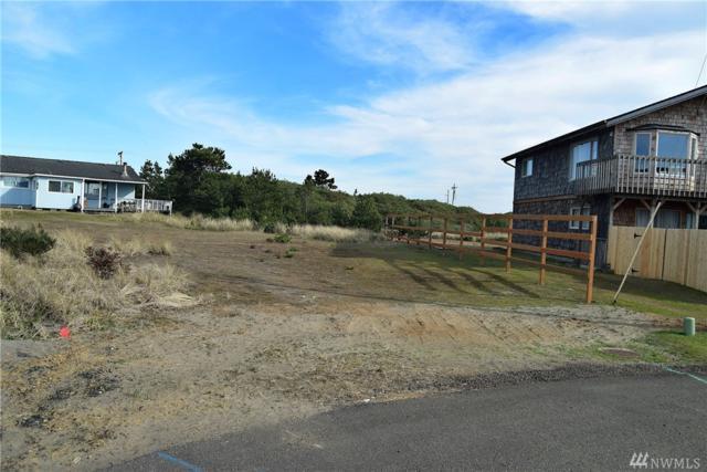 943 Starfish Ct SW, Ocean Shores, WA 98569 (#1427356) :: Tribeca NW Real Estate