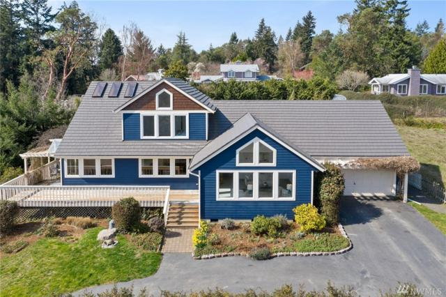 24107 49th Place SW, Vashon, WA 98070 (#1427433) :: The Royston Team