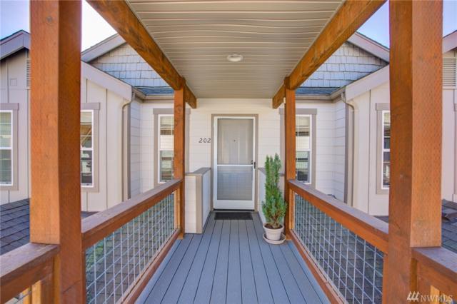 827 Judson St #202, Lynden, WA 98264 (#1427549) :: Crutcher Dennis - My Puget Sound Homes