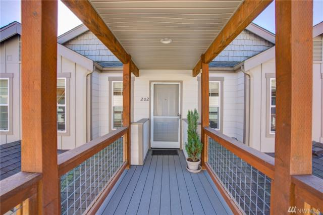 827 Judson St #202, Lynden, WA 98264 (#1427549) :: Mike & Sandi Nelson Real Estate