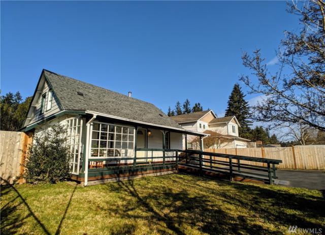 5818 East Dr, Everett, WA 98203 (#1427958) :: McAuley Homes