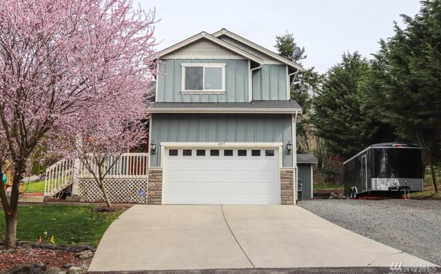 207 NW Bunker Hill Lane, Bremerton, WA 98311 (#1428444) :: The Royston Team