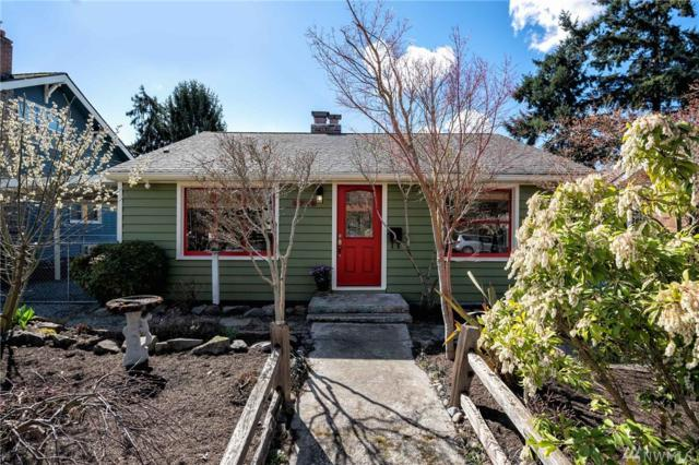 8715 Hamlet Ave S, Seattle, WA 98118 (#1430385) :: Keller Williams Everett