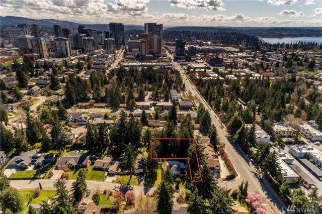 10421 NE 17th St, Bellevue, WA 98004 (#1430600) :: Real Estate Solutions Group
