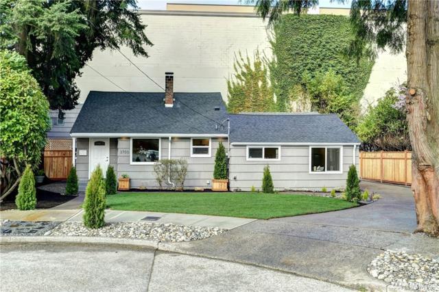 3700 NE 74th Place, Seattle, WA 98115 (#1431405) :: Keller Williams Everett