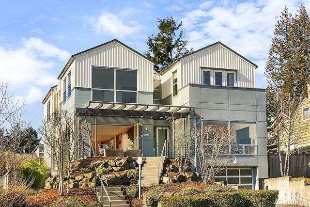 7021 53rd Ave NE, Seattle, WA 98115 (#1431436) :: Keller Williams Everett