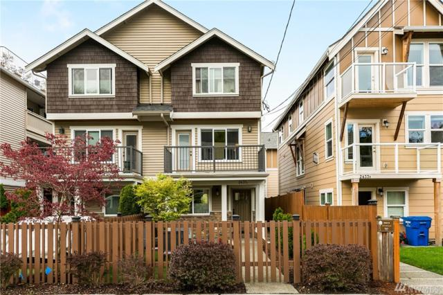 2437 55th Ave SW A, Seattle, WA 98116 (#1431541) :: The Kendra Todd Group at Keller Williams