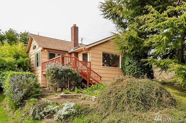 4503 51st Ave SW, Seattle, WA 98116 (#1431802) :: KW North Seattle
