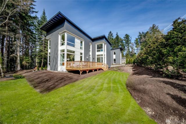 10379 NE Blackwood Lane, Bainbridge Island, WA 98110 (#1433250) :: Ben Kinney Real Estate Team