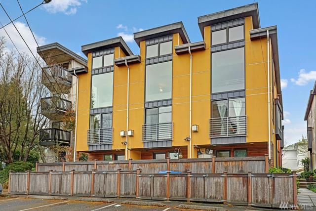 1720 California Ave SW B, Seattle, WA 98116 (#1435388) :: The Kendra Todd Group at Keller Williams