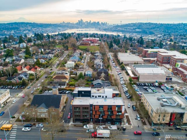1601 N 45th St #204, Seattle, WA 98103 (#1435501) :: McAuley Homes