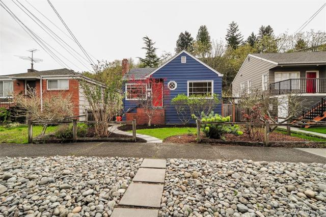 2570 56th Ave SW, Seattle, WA 98116 (#1435779) :: Northern Key Team