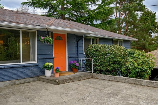 2538 NE 105th Place, Seattle, WA 98125 (#1436529) :: Keller Williams Western Realty