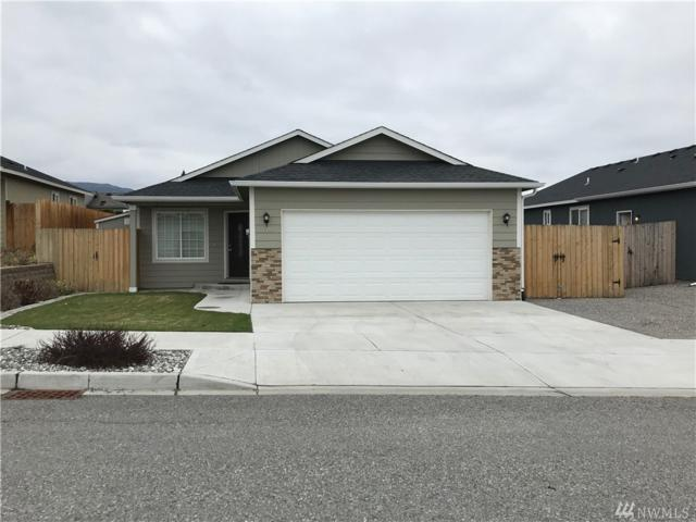 549 N Montclair Ave Ave, East Wenatchee, WA 98802 (#1436618) :: The Kendra Todd Group at Keller Williams