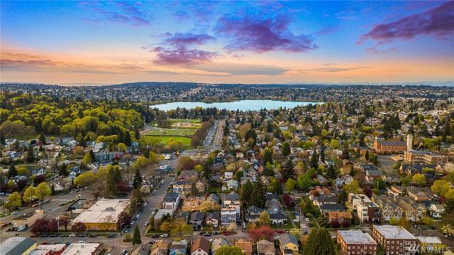 1416-B N 46th St, Seattle, WA 98103 (#1436745) :: Keller Williams Everett