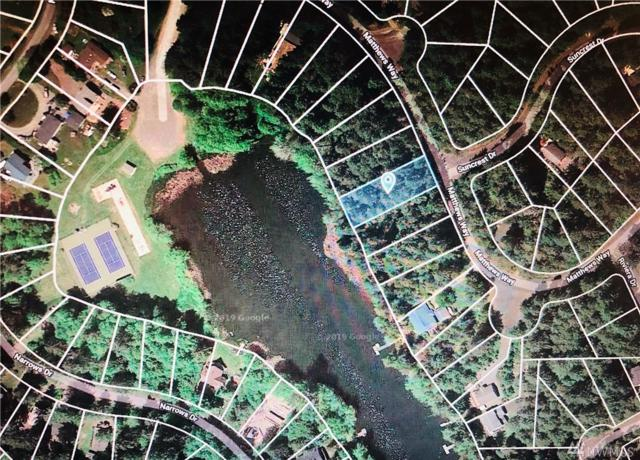 11024 Matthews Wy, Anderson Island, WA 98303 (#1436981) :: Keller Williams Western Realty