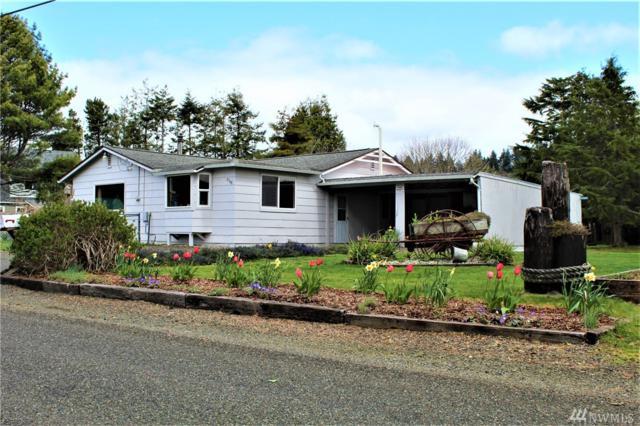 2548 Evergreen Park Rd, Grayland, WA 98547 (#1437613) :: KW North Seattle